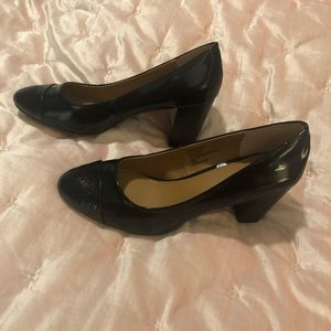 Bass Black Patent Leather Pumps New Size 9.5